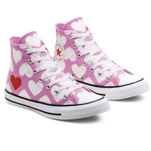 New Converse Twisted Hearts Chuck Taylor All Star